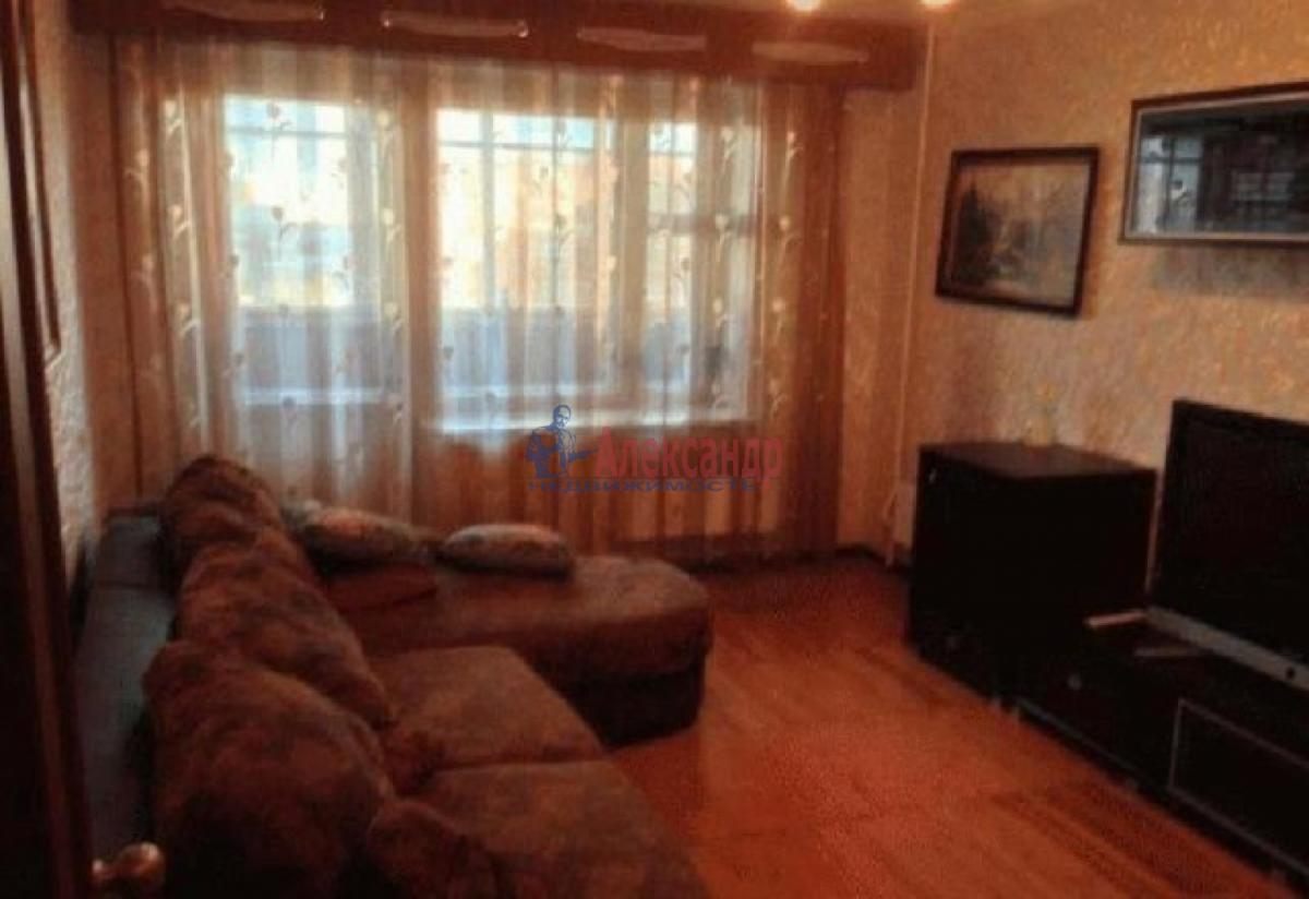 1-комнатная квартира (34м2) в аренду по адресу Исаакиевская пл., 3— фото 2 из 4