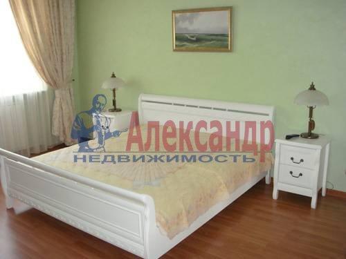 2-комнатная квартира (65м2) в аренду по адресу Ленсовета ул., 88— фото 11 из 13