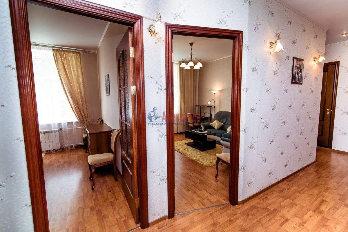 2-комнатная квартира (65м2) в аренду по адресу Алтайская ул., 11— фото 14 из 26