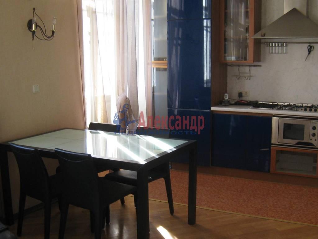 2-комнатная квартира (60м2) в аренду по адресу Мытнинская наб., 7— фото 4 из 7