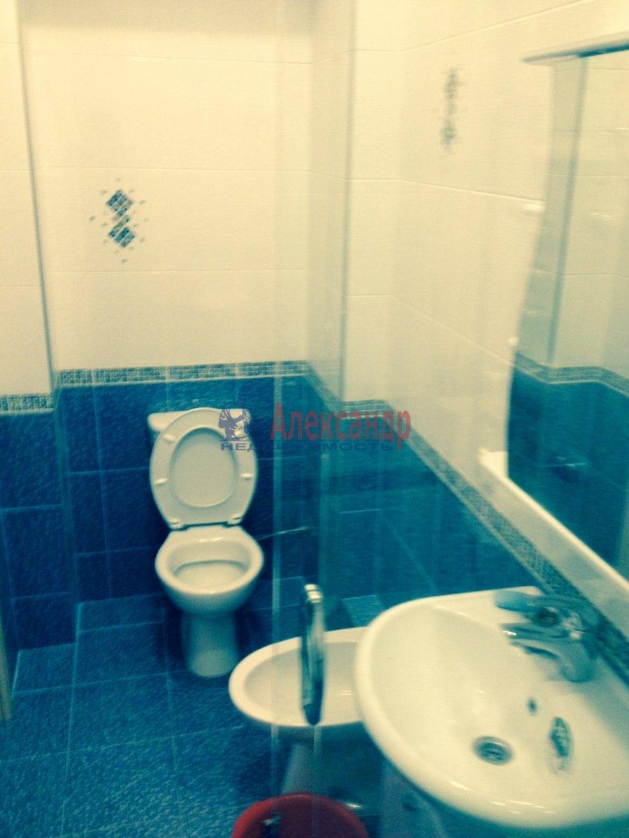 3-комнатная квартира (76м2) в аренду по адресу Кавалергардская ул., 3— фото 4 из 9