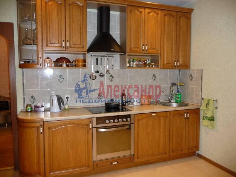 3-комнатная квартира (103м2) в аренду по адресу Ветеранов пр., 122— фото 16 из 17