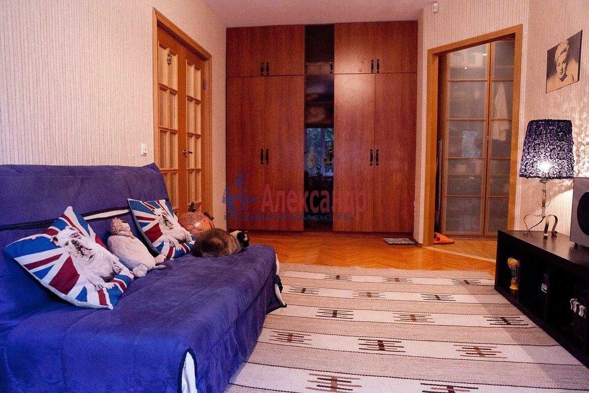 1-комнатная квартира (35м2) в аренду по адресу Кузнецова пр., 20— фото 1 из 3