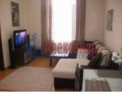 2-комнатная квартира (60м2) в аренду по адресу Космонавтов просп., 65— фото 1 из 6