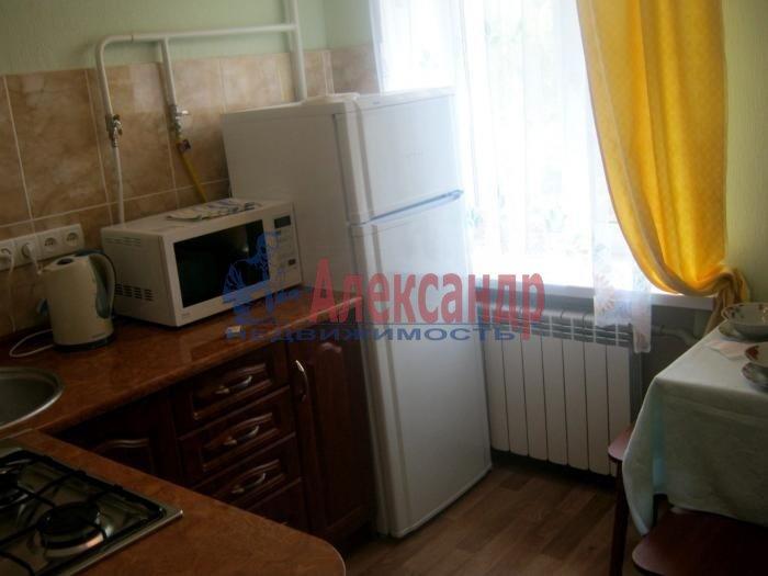 1-комнатная квартира (33м2) в аренду по адресу Софийская ул., 20— фото 2 из 3