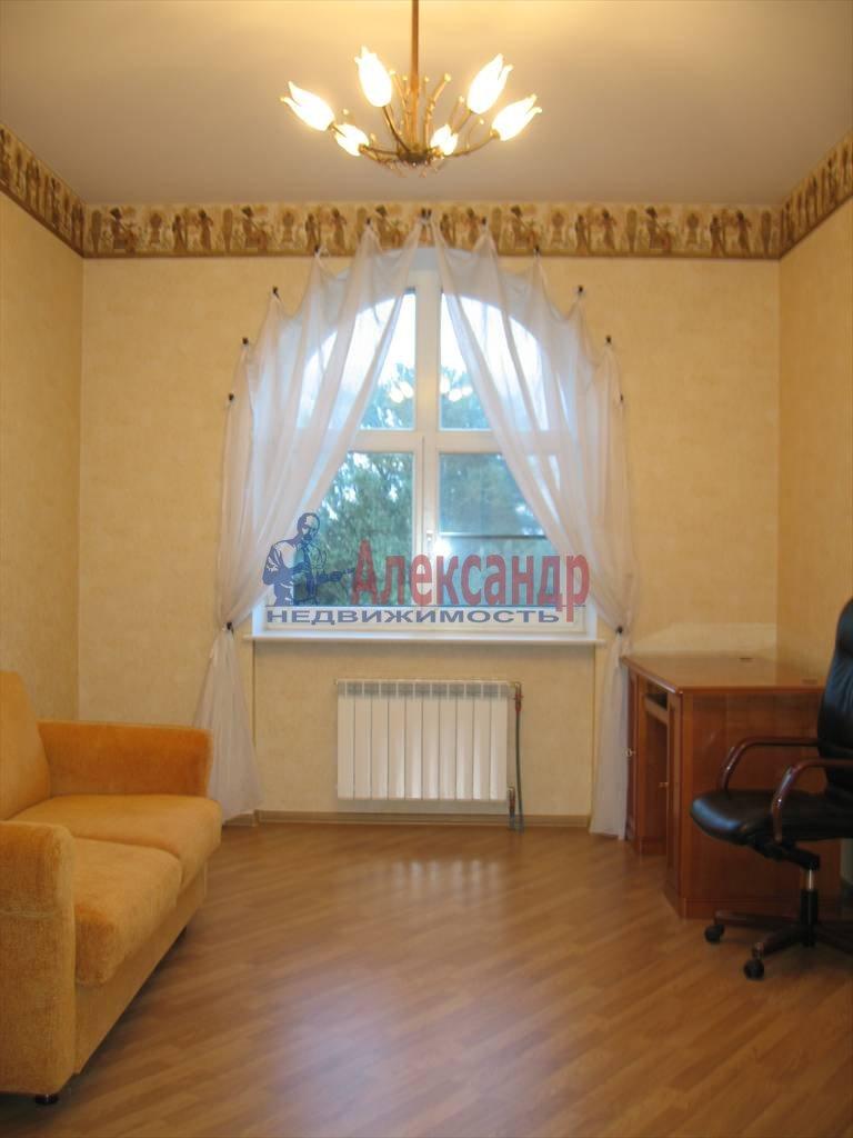 3-комнатная квартира (140м2) в аренду по адресу Константиновский пр., 1— фото 9 из 13