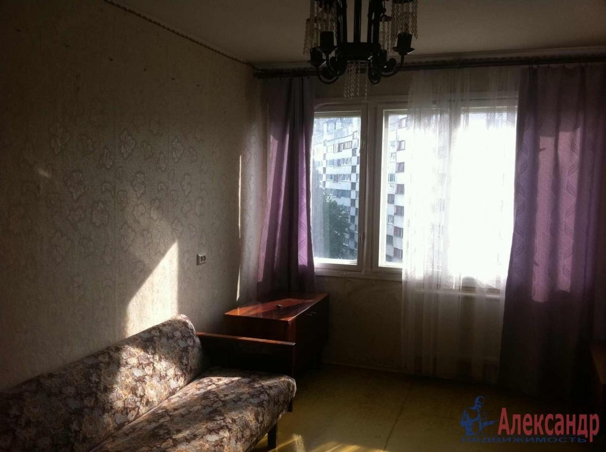 1-комнатная квартира (31м2) в аренду по адресу Художников пр., 24— фото 2 из 3