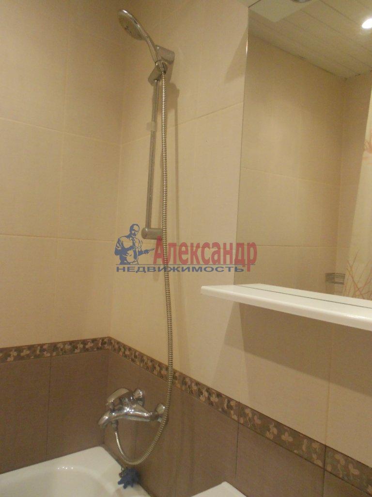 1-комнатная квартира (38м2) в аренду по адресу Куйбышева ул., 20— фото 4 из 5