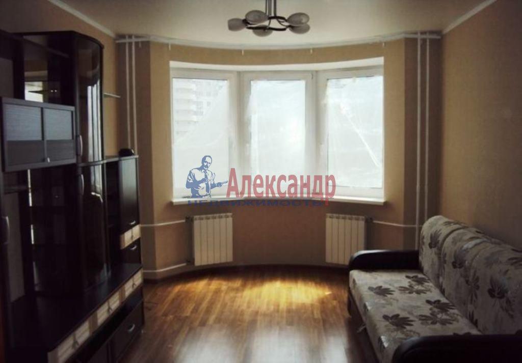 2-комнатная квартира (70м2) в аренду по адресу Народная ул., 5— фото 1 из 7