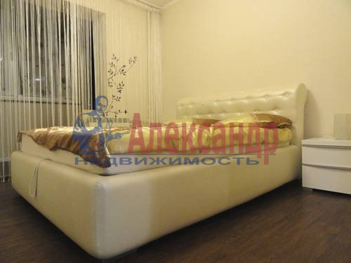 2-комнатная квартира (69м2) в аренду по адресу Коломяжский пр., 28— фото 8 из 9
