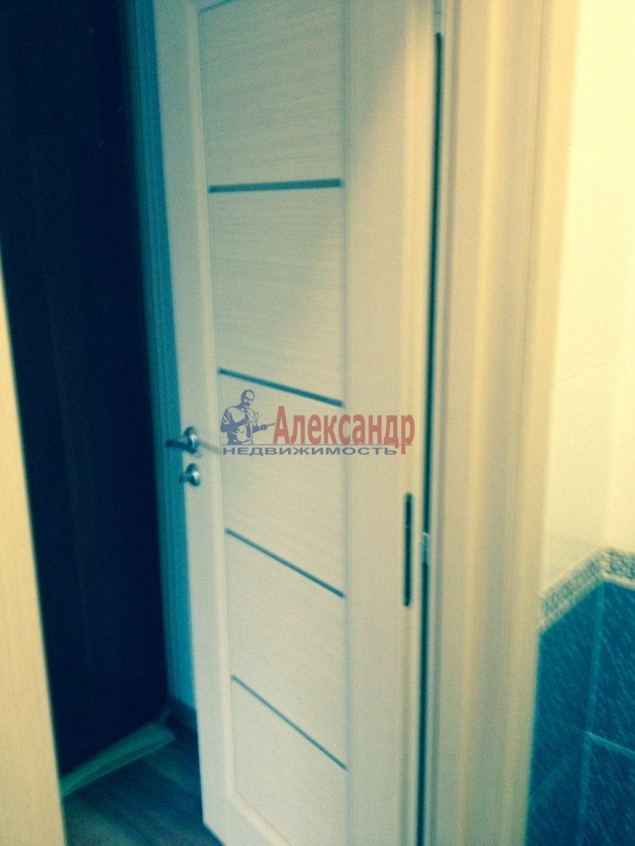3-комнатная квартира (76м2) в аренду по адресу Кавалергардская ул., 3— фото 6 из 9
