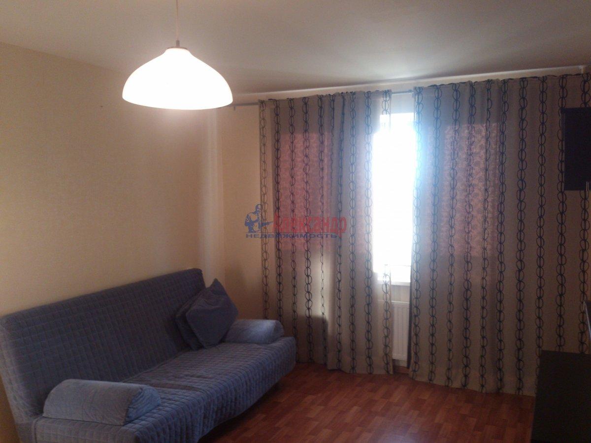 1-комнатная квартира (40м2) в аренду по адресу Пулковское шос., 24— фото 1 из 5