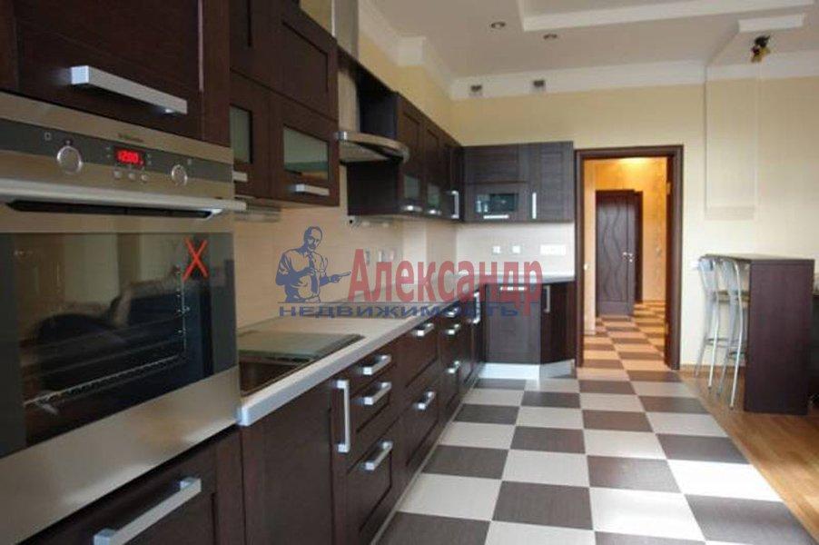3-комнатная квартира (130м2) в аренду по адресу Каменноостровский пр., 40— фото 1 из 2