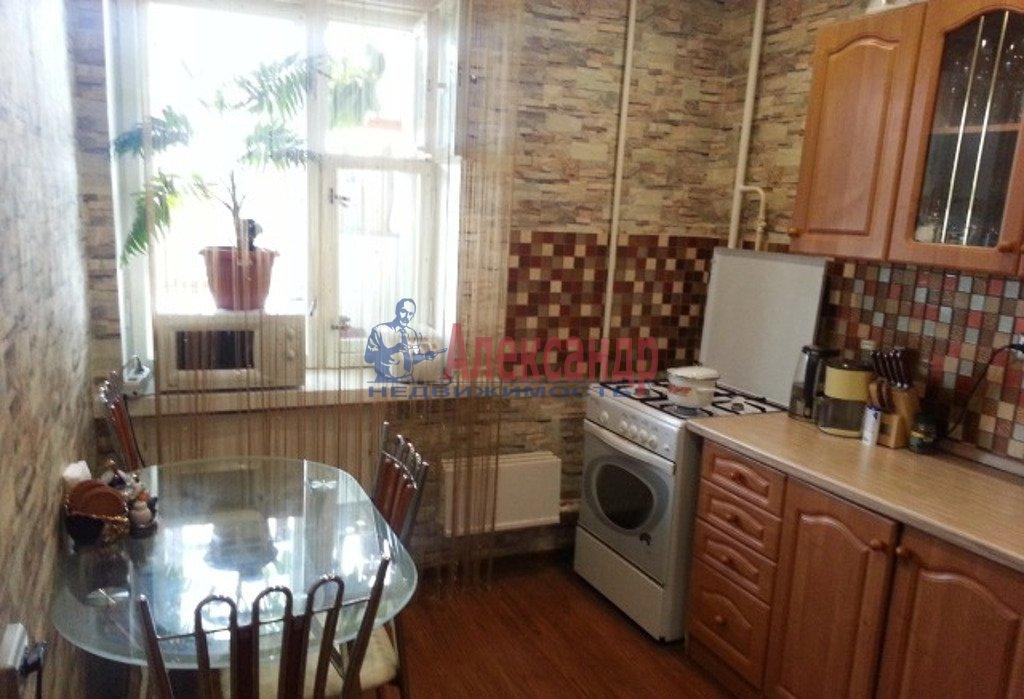 2-комнатная квартира (45м2) в аренду по адресу Московский просп., 18— фото 3 из 3