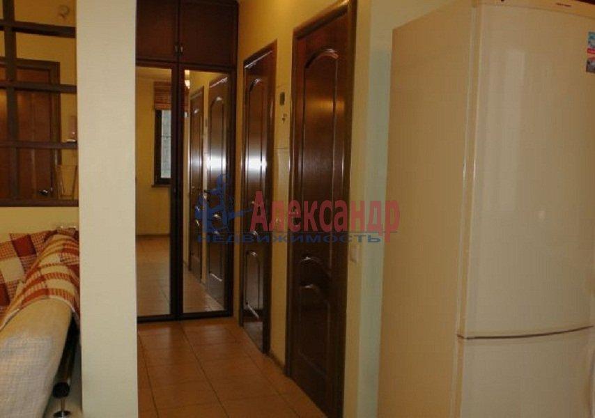 1-комнатная квартира (42м2) в аренду по адресу Ропшинская ул., 5— фото 3 из 4