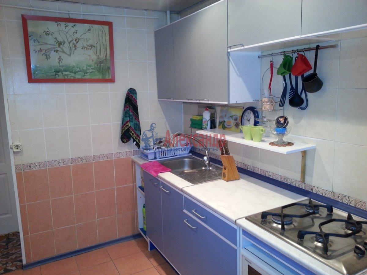 1-комнатная квартира (35м2) в аренду по адресу Кронштадтская ул., 13— фото 2 из 6