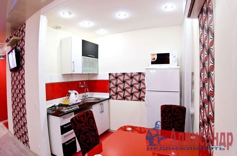 1-комнатная квартира (41м2) в аренду по адресу Шлиссельбургский пр., 37— фото 3 из 3