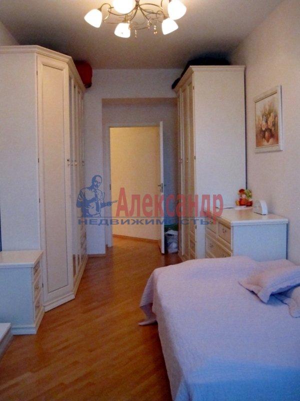 1-комнатная квартира (38м2) в аренду по адресу Адмирала Трибуца ул., 5— фото 1 из 2