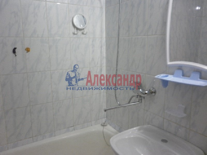 1-комнатная квартира (40м2) в аренду по адресу Хасанская ул., 20— фото 4 из 6