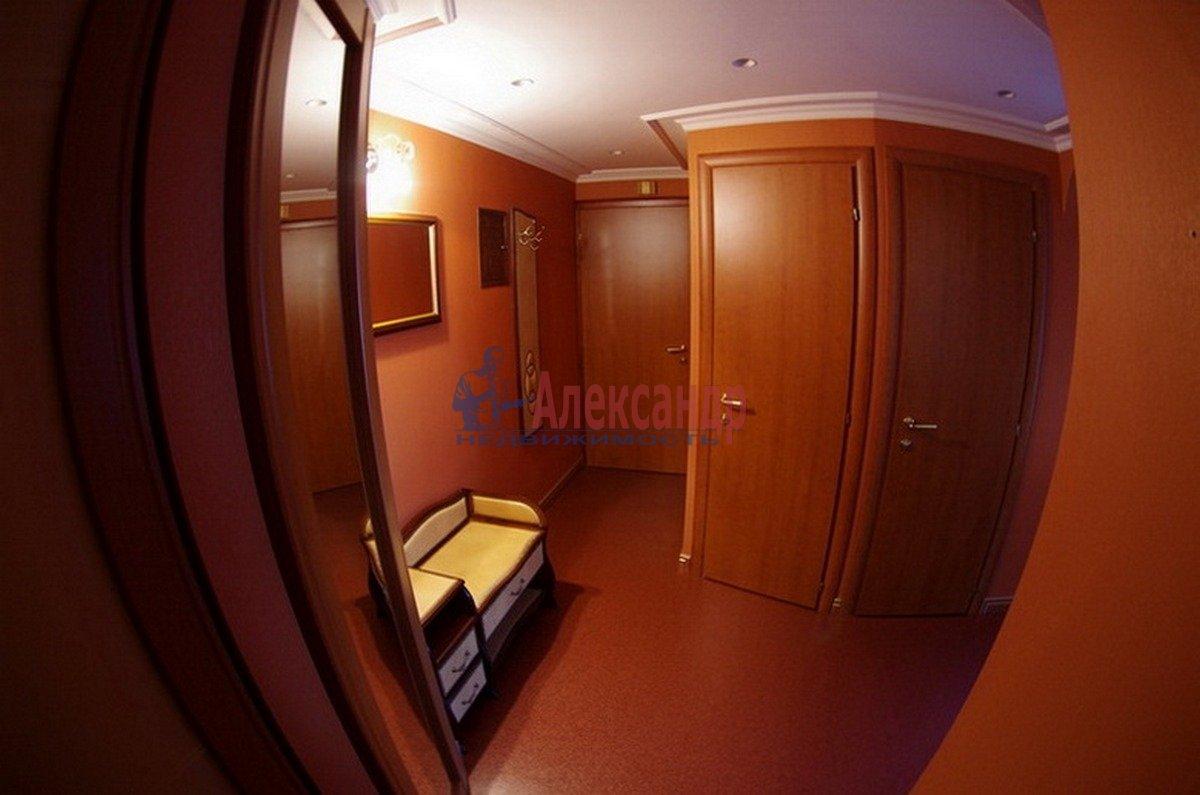 3-комнатная квартира (55м2) в аренду по адресу Есенина ул., 18— фото 7 из 7
