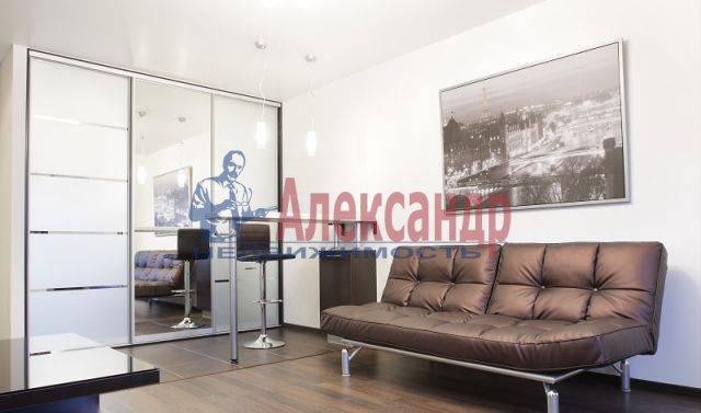 2-комнатная квартира (60м2) в аренду по адресу Комсомола ул., 14— фото 6 из 8