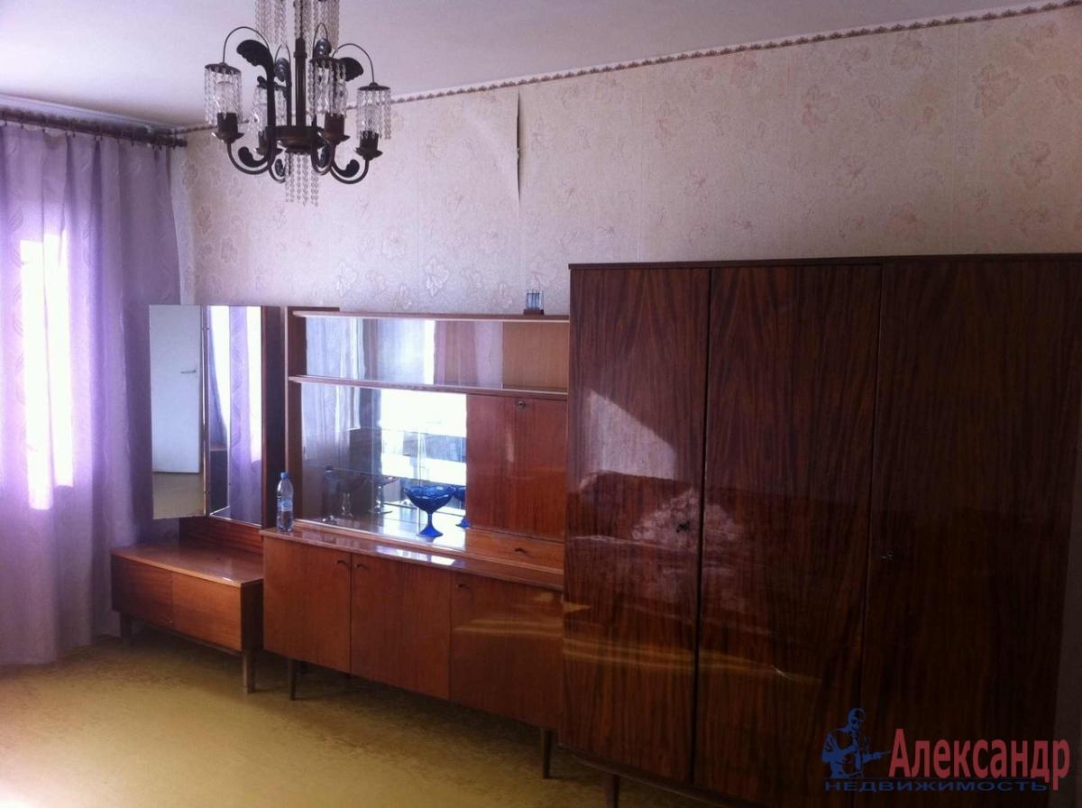 1-комнатная квартира (31м2) в аренду по адресу Художников пр., 24— фото 1 из 3