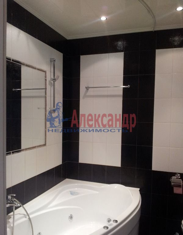 2-комнатная квартира (70м2) в аренду по адресу Бухарестская ул., 110— фото 5 из 5