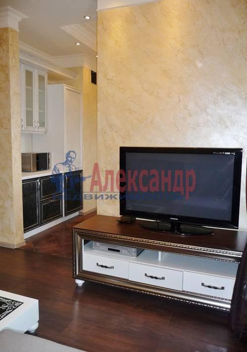2-комнатная квартира (67м2) в аренду по адресу Счастливая ул., 14— фото 1 из 11