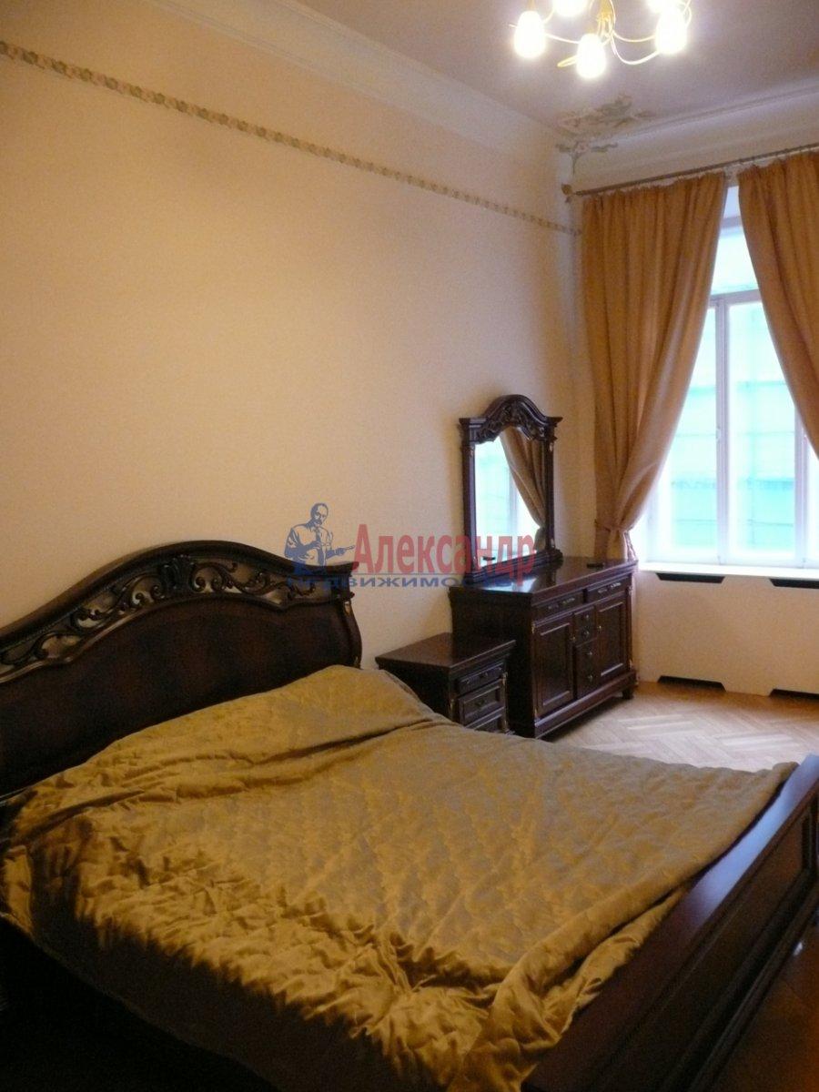 2-комнатная квартира (67м2) в аренду по адресу Большая Конюшенная ул., 19— фото 2 из 7