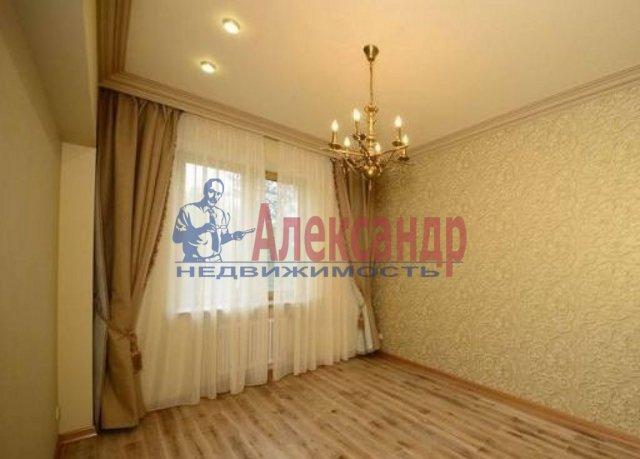 1-комнатная квартира (38м2) в аренду по адресу Тореза пр., 38— фото 2 из 4