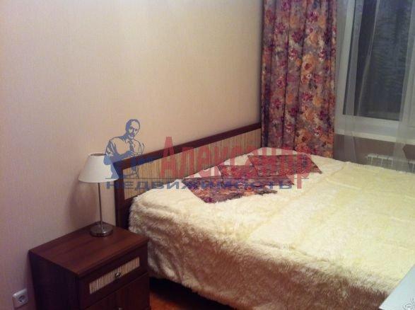 2-комнатная квартира (62м2) в аренду по адресу Глухарская ул., 5— фото 6 из 8