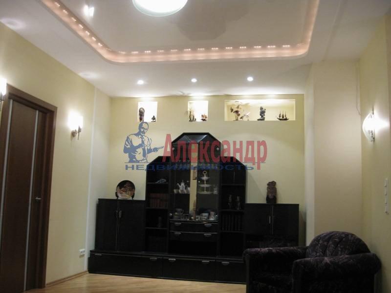 3-комнатная квартира (62м2) в аренду по адресу Ропшинская ул., 32— фото 4 из 11