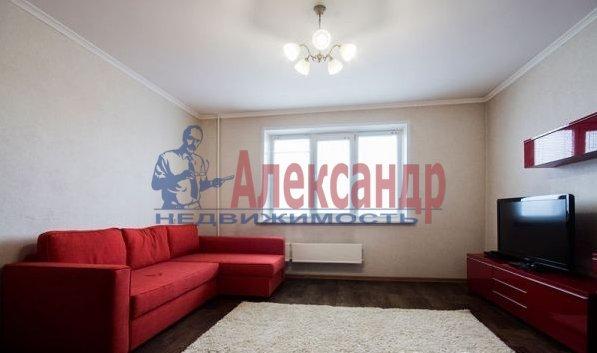 1-комнатная квартира (40м2) в аренду по адресу Народного Ополчения пр., 10— фото 3 из 10