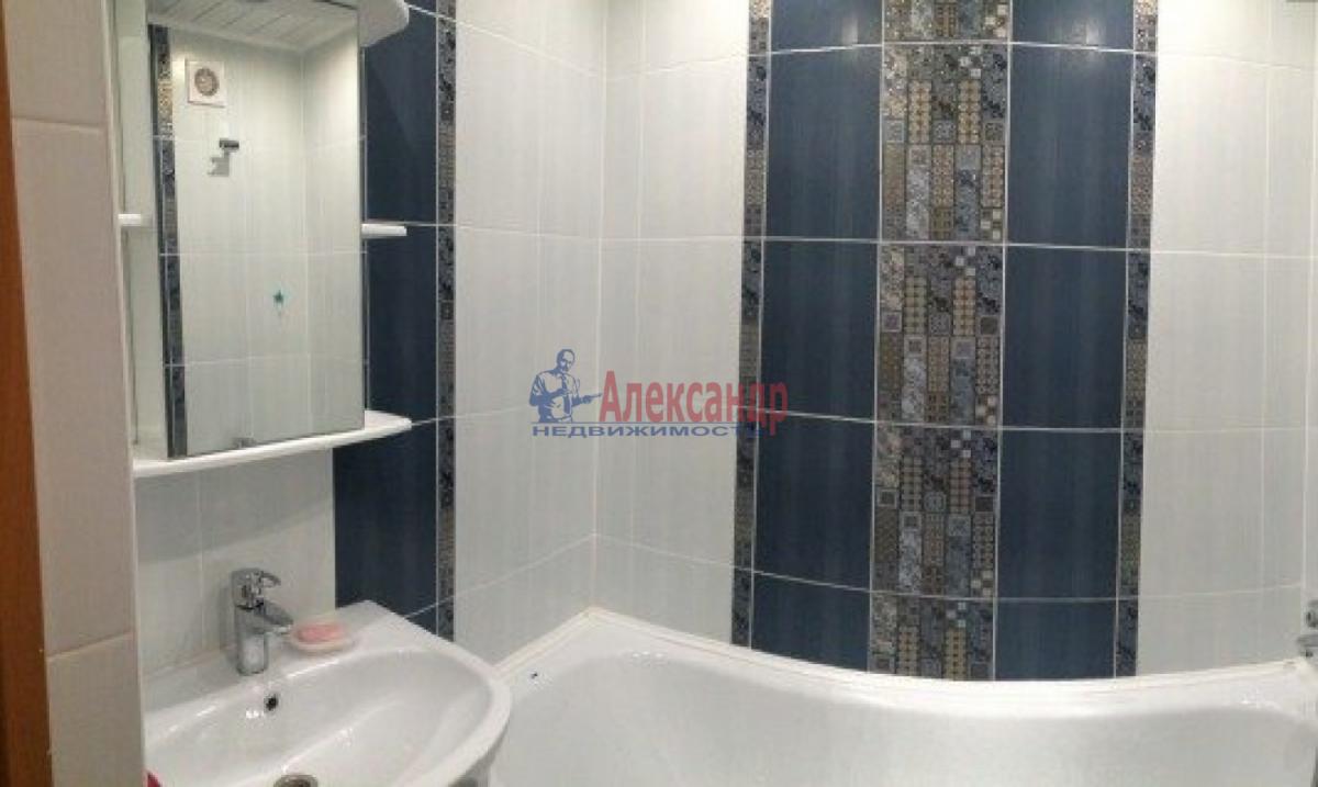 3-комнатная квартира (82м2) в аренду по адресу Типанова ул., 38— фото 7 из 8