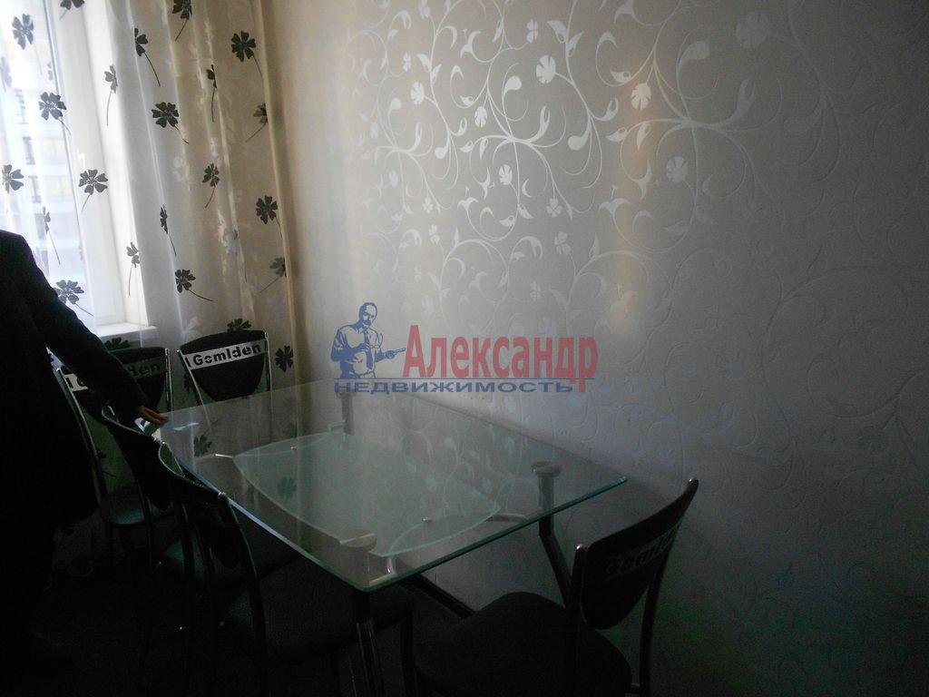 2-комнатная квартира (56м2) в аренду по адресу Кораблестроителей ул., 36— фото 7 из 8