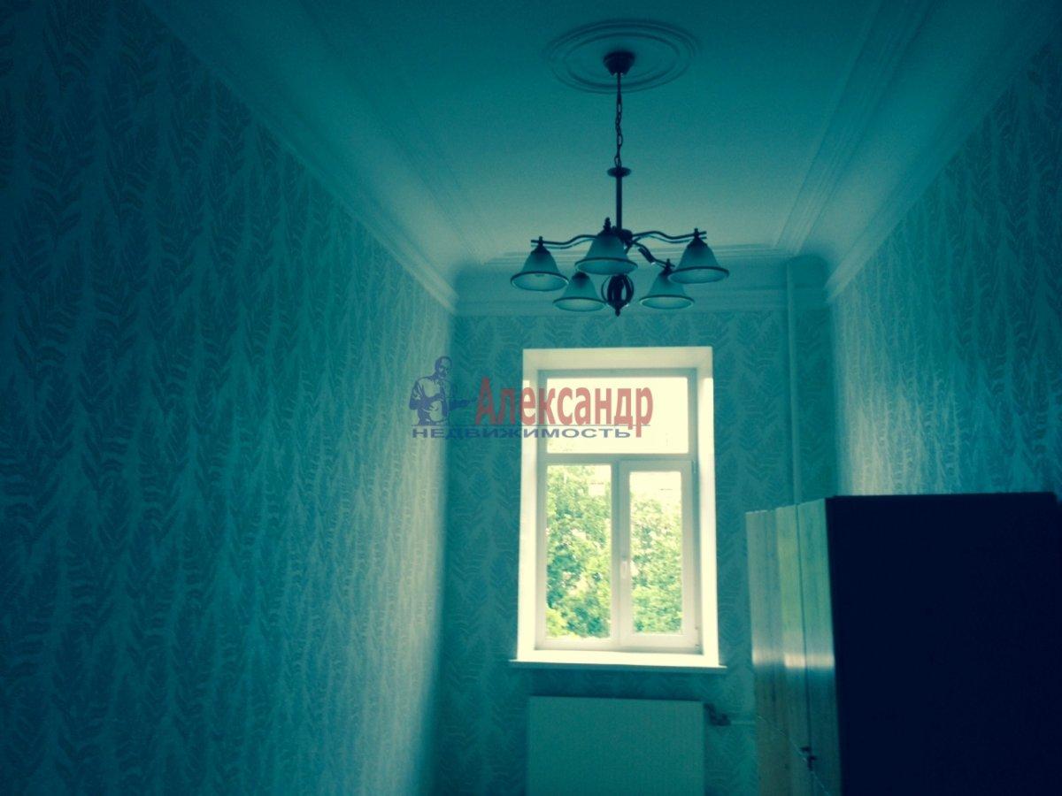 3-комнатная квартира (76м2) в аренду по адресу Кавалергардская ул., 3— фото 8 из 9