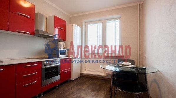 1-комнатная квартира (40м2) в аренду по адресу Народного Ополчения пр., 10— фото 5 из 10