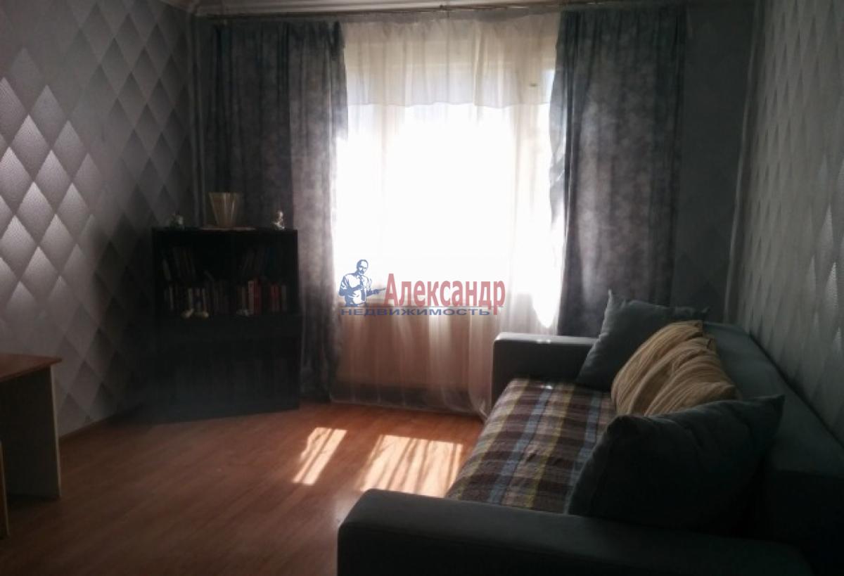 3-комнатная квартира (80м2) в аренду по адресу Ленинский пр., 118— фото 3 из 10