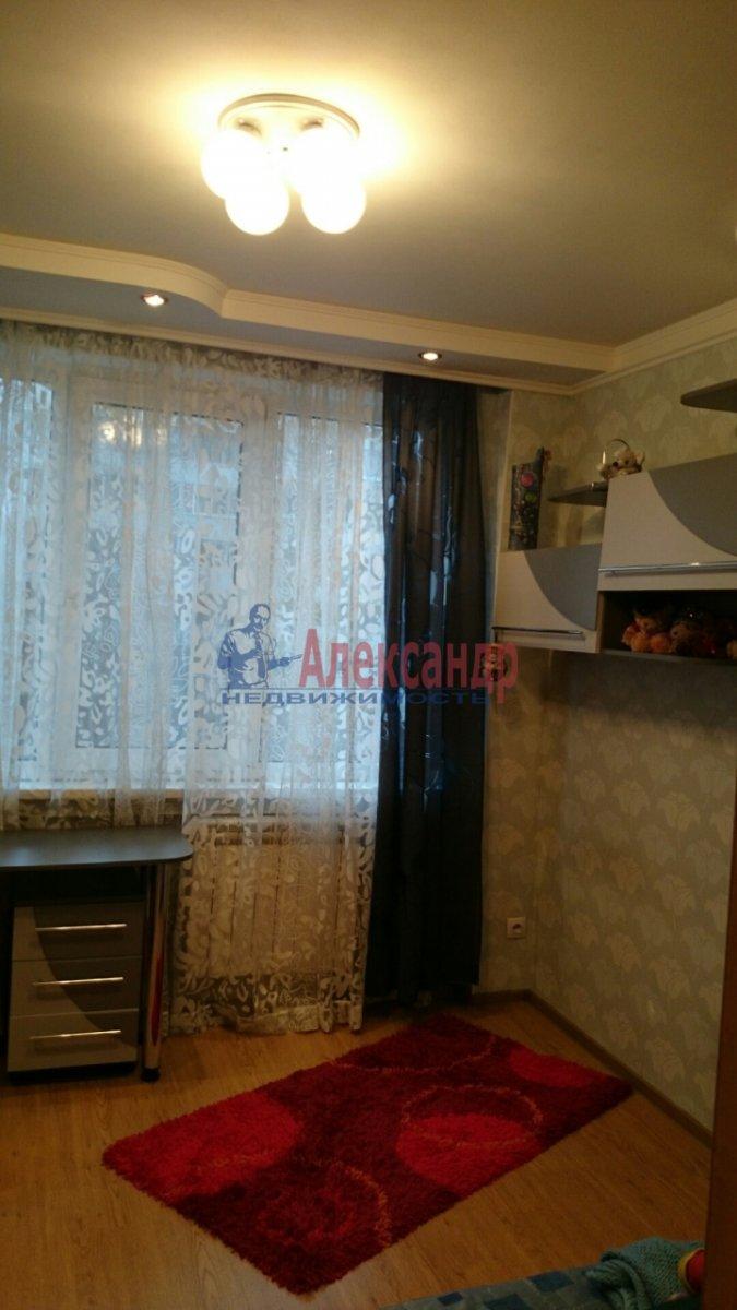 Комната в 4-комнатной квартире (45м2) в аренду по адресу Рубинштейна ул., 23— фото 3 из 4