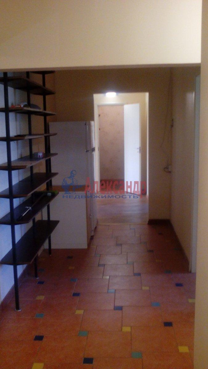 3-комнатная квартира (95м2) в аренду по адресу Большевиков пр., 22— фото 11 из 12