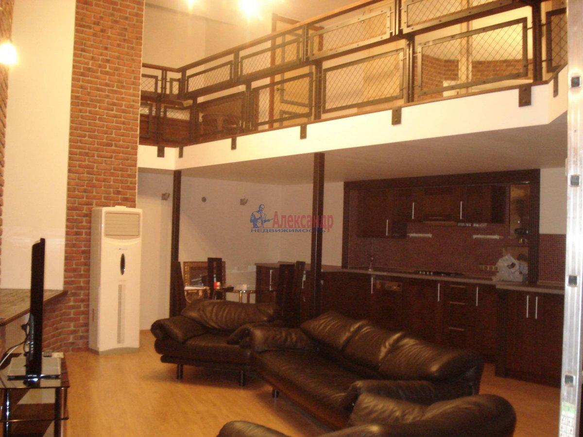 1-комнатная квартира (95м2) в аренду по адресу Большая Конюшенная ул., 17— фото 2 из 9