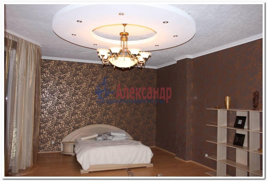 Дом (350м2) в аренду — фото 1 из 12