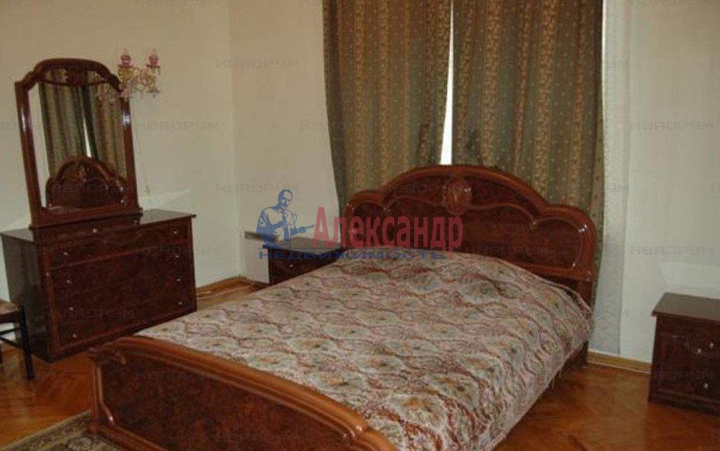 3-комнатная квартира (62м2) в аренду по адресу Черняховского ул., 53— фото 2 из 4