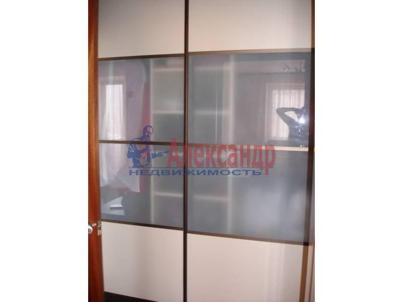 3-комнатная квартира (92м2) в аренду по адресу Клочков пер., 6— фото 6 из 9