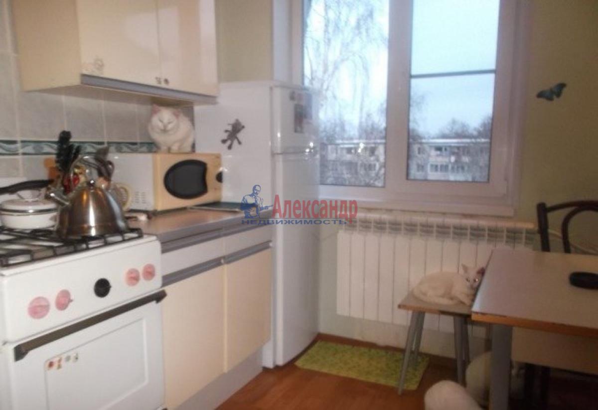Комната в 2-комнатной квартире (54м2) в аренду по адресу Ударников пр.— фото 2 из 5