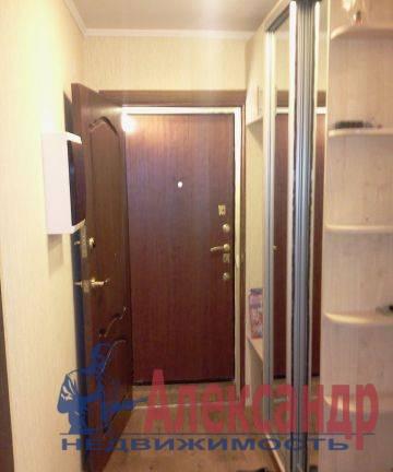 2-комнатная квартира (44м2) в аренду по адресу Новоизмайловский просп., 4— фото 3 из 4