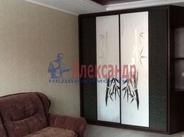 2-комнатная квартира (68м2) в аренду по адресу Ленинский пр., 135— фото 5 из 6