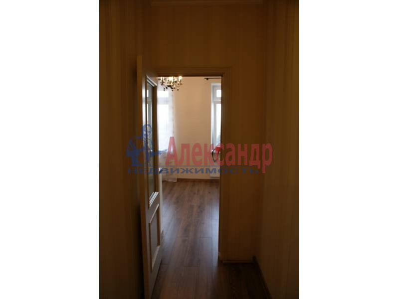 1-комнатная квартира (44м2) в аренду по адресу Пулковская ул., 8— фото 3 из 20