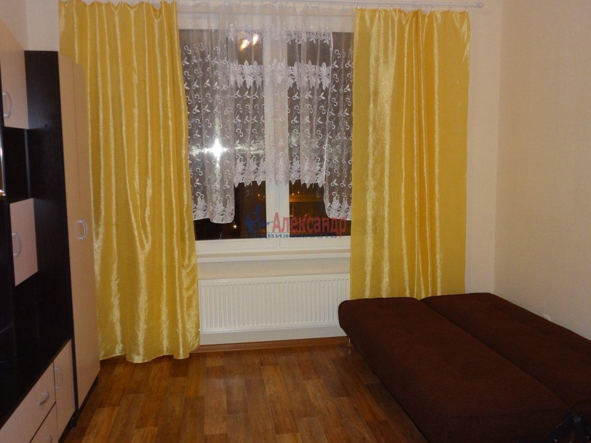 2-комнатная квартира (57м2) в аренду по адресу Южное шос., 53— фото 1 из 7