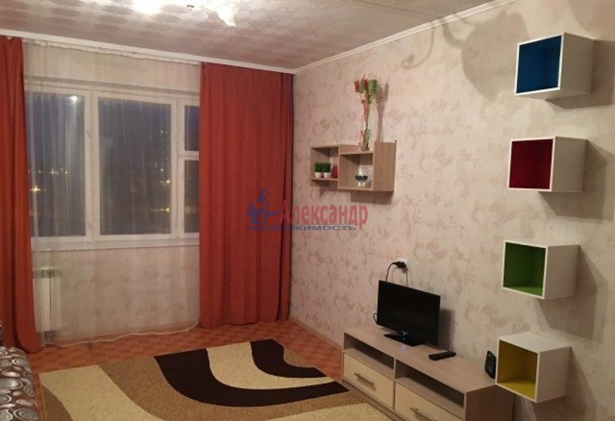 Комната в 3-комнатной квартире (78м2) в аренду по адресу Гороховая ул.— фото 1 из 5